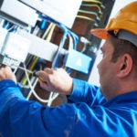 elettricista al lavoro - elbie elettricista verbania